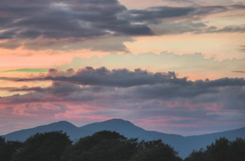 mod_A-Ben na Cille pastel sunset
